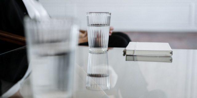 verres d'eau pure
